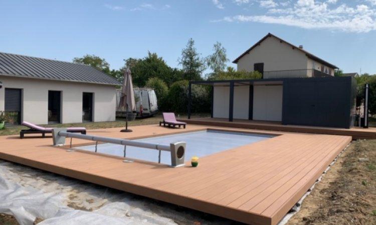 Terrasse bois composite sur plots à Cusset
